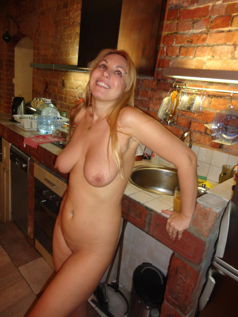 Hot amateur blonde milf sex