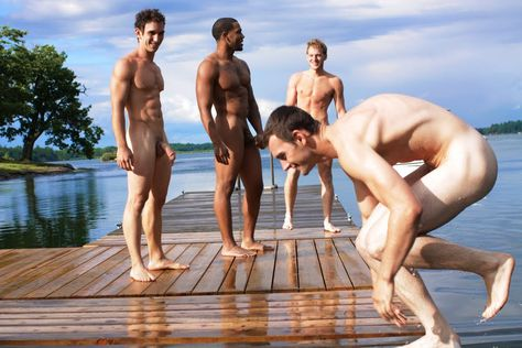 Naked men skinny dipping pics