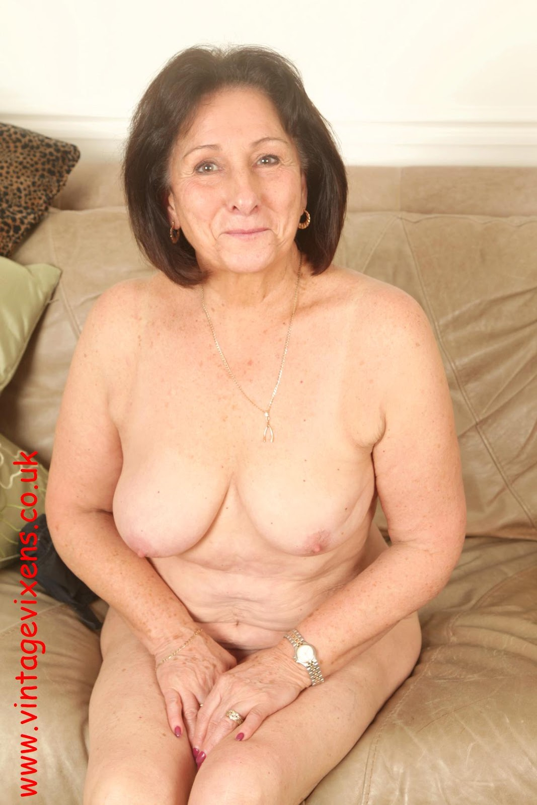Nude pictures of old women
