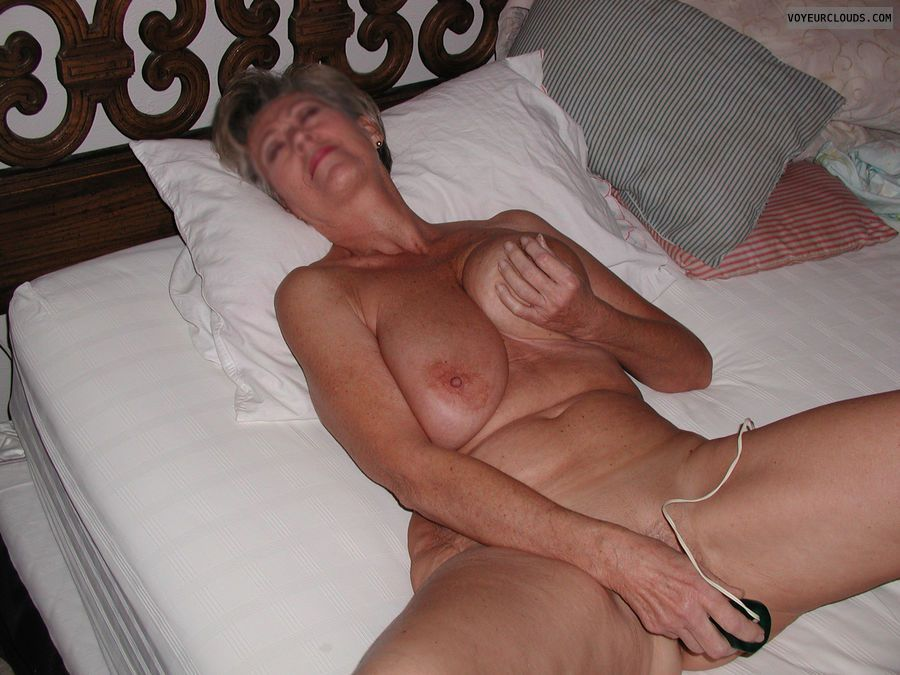 Older women with vibrator