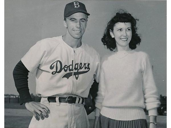 Images pictures of pee wee reese