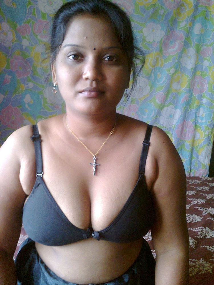 Tamil wife sexy nude pics
