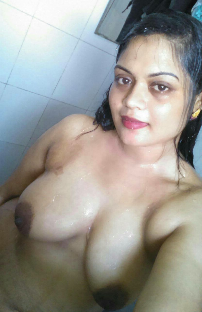Hot aunty nude photos