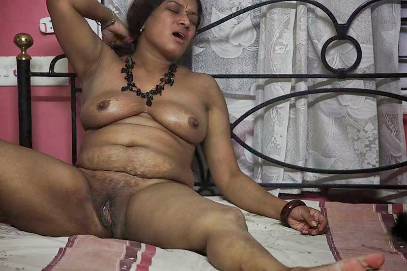 Idian old womens porn