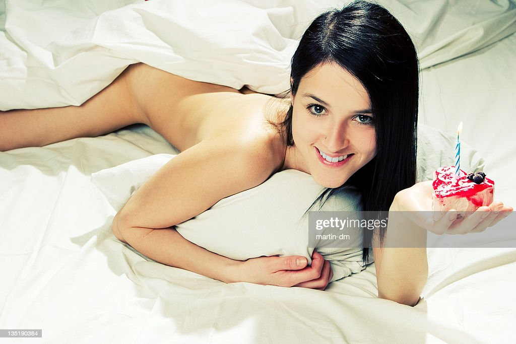 Beautiful young women naked foreign
