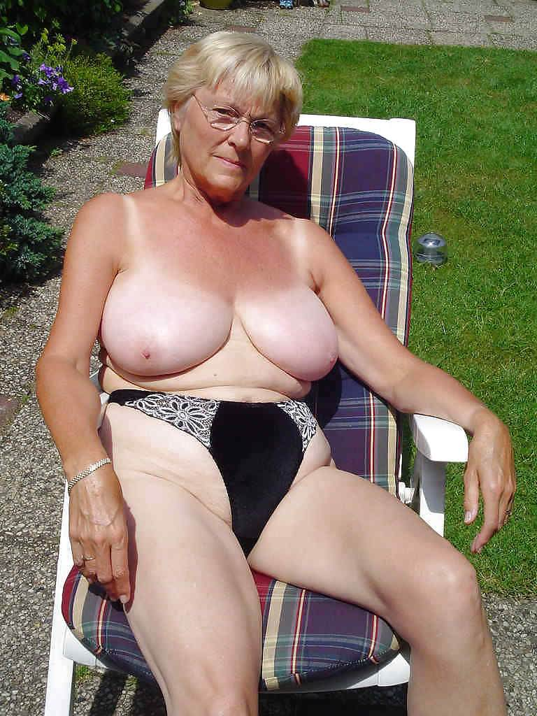 Mature big boobs nude xxx