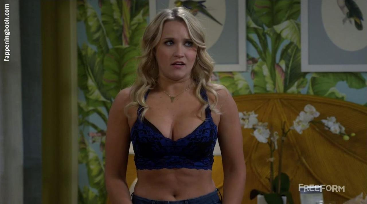 Emily osment leaked nude
