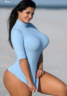 Sexy thick curvy busty nude women