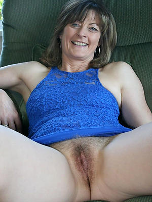 Mature natural mom galleries