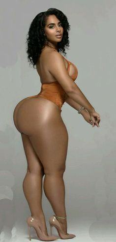 Chubby african of beauty naked