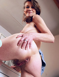 Real women hairy pussy