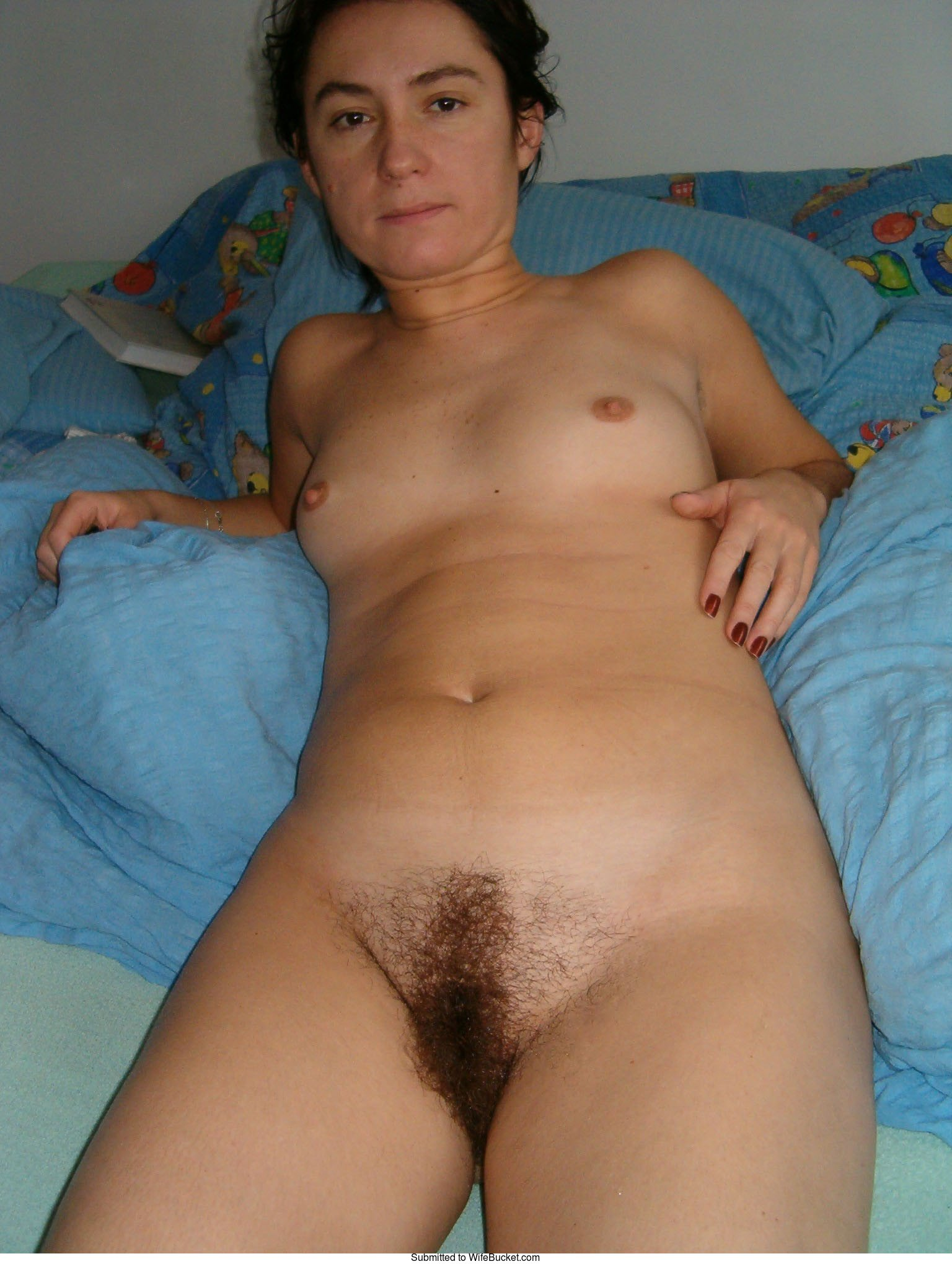 Full frontal hairy pussy amateur