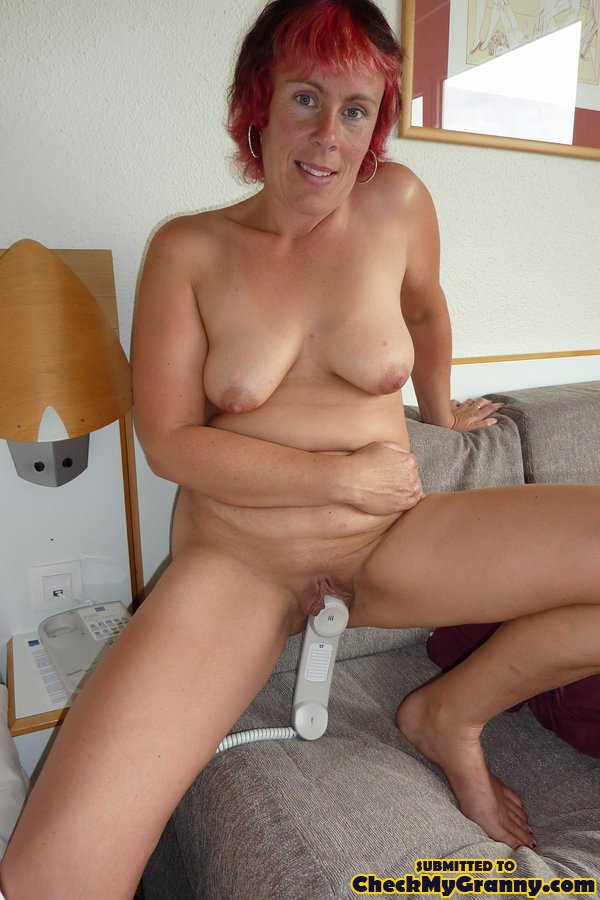 Homemade amateur mature wife outdoors