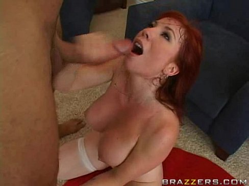 Mom extracts sons cum