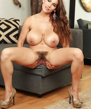 Nude big to biggest boobs and hairy chut pic